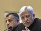 मुख्य निवडणूक आयुक्त सुनील अरोरा आणि निवडणूक आयुक्त अशोक लवासा (Sanjeev Verma/HT PHOTO)