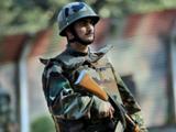 काश्मीरमध्ये सुरक्षेसाठी तैनात असलेले जवान