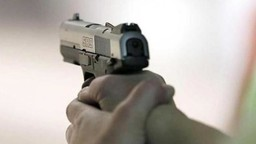 ऐरोलीमध्ये हॉटेलबाहेर दोन टोळीत गोळीबार; एक जण जखमी