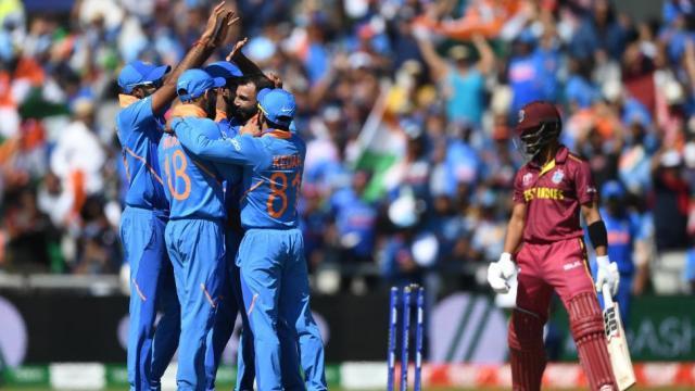 ICC WC #INDvWI : टीम इंडिया @143 विंडीज ऑल आउट! भारताचा विजयी पंच