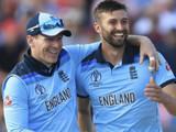 इंग्लंडचा दिमाखदार विजय