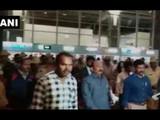कर्नाटकः काँग्रेसचे बंडखोर आमदार रोशन बेग यांना विमानळावरुन अटक (ANI)