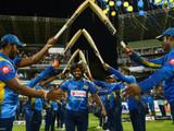 श्रीलंकन खेळाडूंनी मलिंगाला खास अंदाजात दिला निरोप