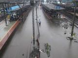 मुंबई आणि उपनगरात पुन्हा मुसळधार पाऊस