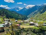 जम्मू-काश्मीरमध्ये सरकारी कर्मचाऱ्यांना कामावर परतण्याचे आदेश