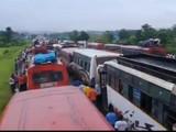 मुंबई-गोवा मार्गावर वाहतूक कोंडी, कोकणात निघालेल्या गणेशभक्तांचा खोळंबा