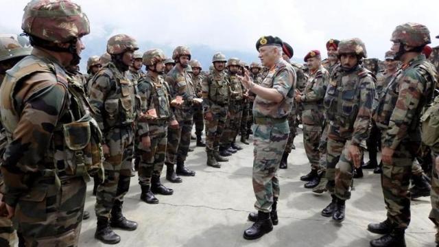 भारत-पाक सीमेवर तैनात होणार लष्कराचे पहिले इंटिग्रेटेड बॅटल ग्रुप (ANI Photo)