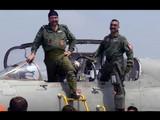 पाकचे विमान पाडणाऱ्या अभिनंदन यांनी हवाईदल प्रमुखांसह MiG-21मधून घेतली पुन्हा झेप (ANIphoto)