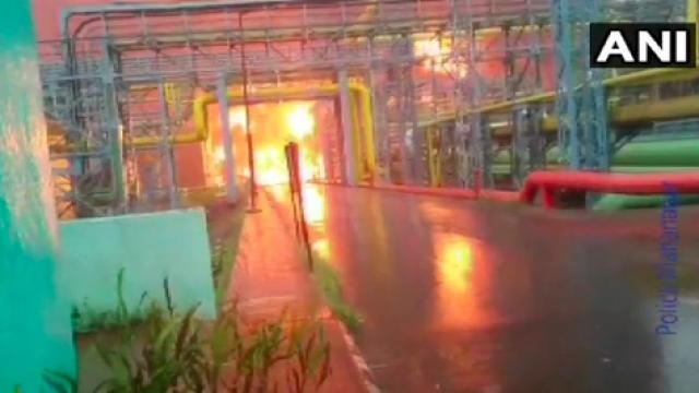 उरणमध्ये ओएनजीसी प्लॅंटमध्ये भीषण आग