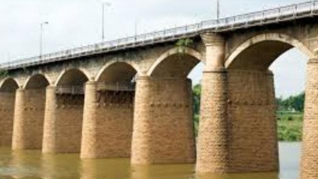 सांगलीतील आयर्विन पुल (संग्रहित छायाचित्र)