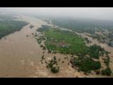 आंध्र प्रदेशमधील देवीपट्टनम जवळ असलेल्या गोदावरी नदीत रविवारी दुपारी बोट बुडाली (PTI PHOTO.)