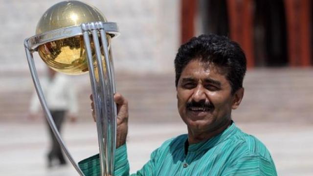 पाकिस्तान क्रिकेटर जावेद मियादांद