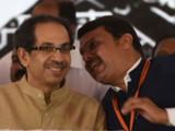 उद्धव ठाकरे आणि मुख्यमंत्री देवेंद्र फडणवीस (photo: Bachchan Kumar)