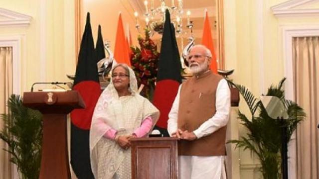 भारत-बांगलादेशमध्ये ७ करारावर स्वाक्षरी