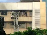 मुंबईत इमारतीला आग