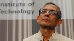 भारतीय अर्थव्यवस्था चिंताजनक स्थितीत, नोबेल पुरस्कार विजेते अभिजित बॅनर्जी