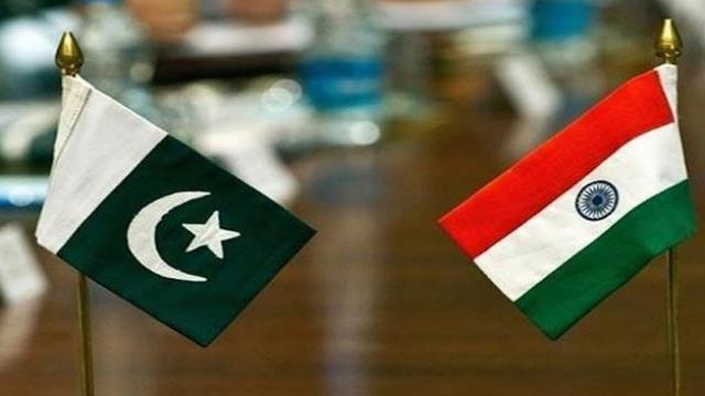 दिवाळीपूर्वी पाकिस्तानला झटका, भारताने बंद केली 'ही' सेवा