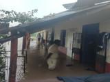 मतदान केंद्रात शिरले पाणी