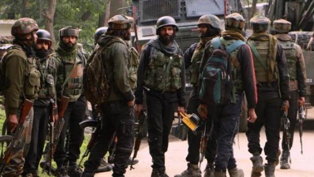 जम्मू काश्मीरमध्ये दहशतवादी हल्ला