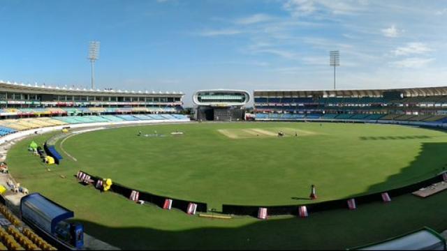 राजकोटच्या मैदानावर दुसरा टी-२० सामना खेळवण्यात येणार आहे.