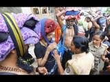 शबरीमला मंदिर खुले, दर्शनाला जाणाऱ्या १० महिलांना रोखले