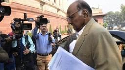 शरद पवार नरेंद्र मोदींच्या भेटीला, राजकीय वर्तुळात चर्चेला उधाण