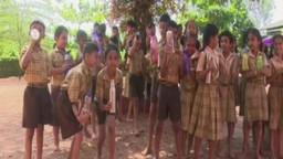 या शाळेत विद्यार्थ्यांना पाणी पिण्यासाठी मिळतो ब्रेक