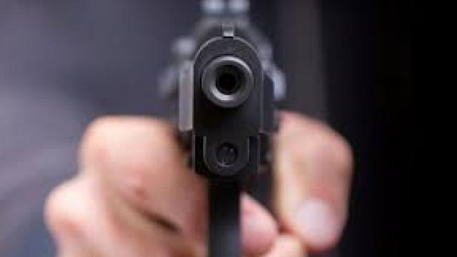 गोळीबार