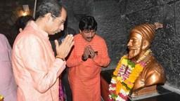 छत्रपती शिवरायांच्या मार्गावरूनच महाराष्ट्र पुढे जाईल - मुख्यमंत्री
