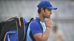 शिवमचे वनडे पदार्पण, केदारची निवड क्रिकेट चाहत्यांना खटकली