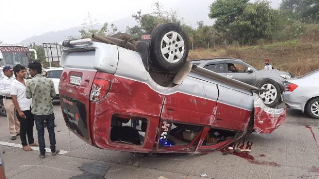 अपघातग्रस्त गाडी