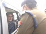प्रियांका गांधी आणि उत्तर प्रदेश पोलिस प्रकरण तापण्याचे संकेत