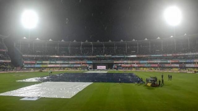 IndvsSL: नव्या वर्षातील पहिल्या सामन्यात पाऊस ठरला सामनावीर!