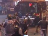 पोलिसांनी आंदोलनकर्त्या विद्यार्थ्यांवर लाठीचार्ज केल्याचे वृत्त