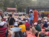 आझाद मैदानावर जमा झालेले आंदोलक विद्यार्थी (photo by Anshuman poyrekar)
