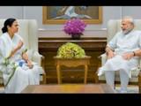 ममता बॅनर्जी आणि नरेंद्र मोदी