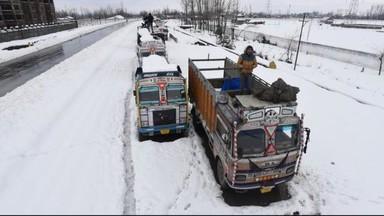 जम्मू-काश्मीर बर्फवृष्टी