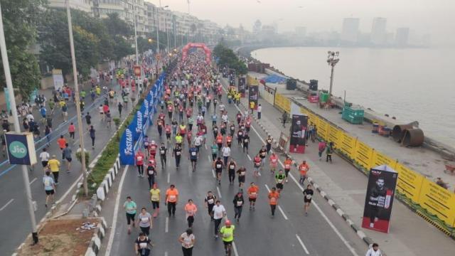 मुंबई मॅरेथॉनचे हे १७वे पर्व आहे (Aalok Soni/HT)