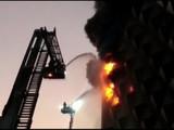 सूरतमधील रघुवीर मार्केटमध्ये भीषण आग (ANI)