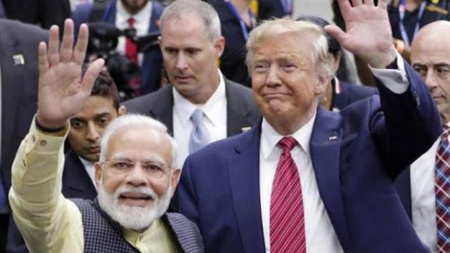 पंतप्रधान नरेंद्र मोदी आणि अमेरिकेचे राष्ट्राध्यक्ष डोनाल्ड ट्रम्प