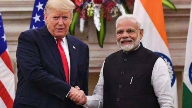 डोनाल्ड ट्रम्प आणि पंतप्रधान नरेंद्र मोदी