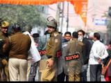 दिल्लीत हिंसक आंदोलन