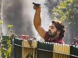 दिल्ली हिंसाचारः कॉन्स्टेबलवर पिस्तुल रोखणाऱ्या शाहरुखला अटक