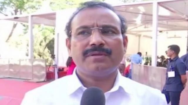 आरोग्य मंत्री राजेश टोपे