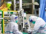 कोरोना रुग्णांवर उपचार करणारे डॉक्टर