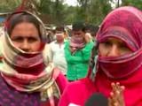 दिल्लीत रोजंदारीवर काम करत असलेल्या महिलांना अडचणीचा सामना करावा लागत आहे. (छायाचित्रःएएनआय)