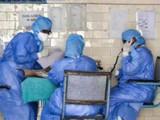 रुग्णांच्या सेवेसाठी अहोरात्र काम करणाऱ्या नर्सेस, डॉक्टरांचं कौतुक