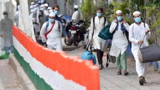दिल्लीतील निजामुद्दीन परिसरात तबलीगी समाजाचा कार्यक्रम पार पडला होता.