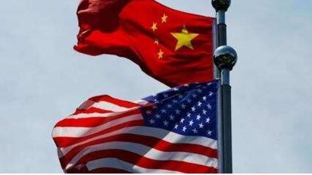 चीन आणि अमेरिकेचा राष्ट्रध्वज