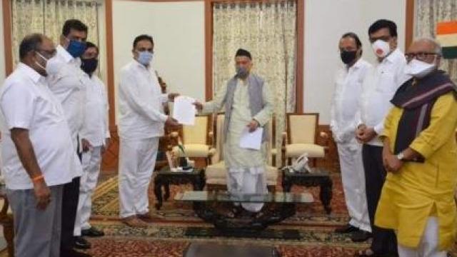महाविकास आघाडीतील मंत्र्यांनी घेतली राज्यपालांची भेट